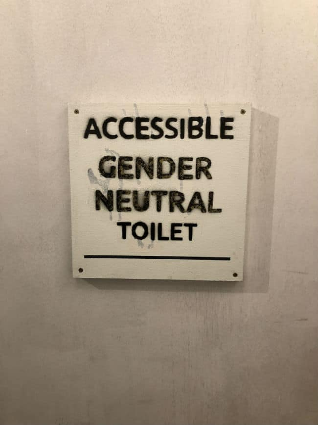 gender-neutral-toilet